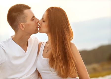 How to make a rebound relationship work